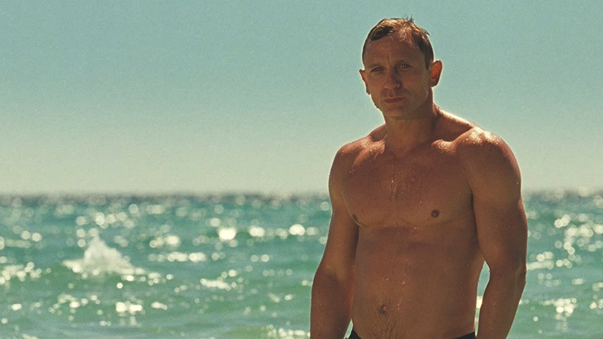 Daniel craig to play bond again